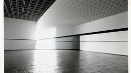 Robert Irwin, Scrim veilBlack rectangleNatural light, Whitney Museum of American Art, New York